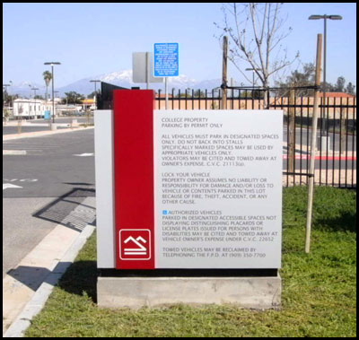 chaffey_college_monument_parking_sign